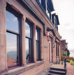 windows-vertical-sliding-04