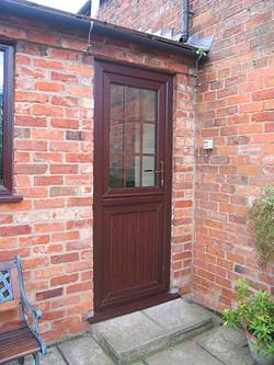 doors-residential-stable-01