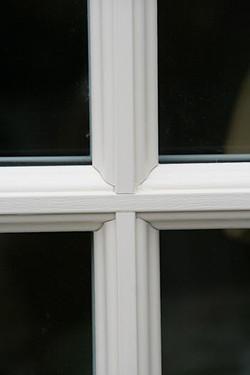 windows-cream-laminated-03