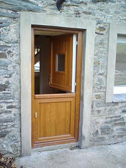 doors-residential-stable-05