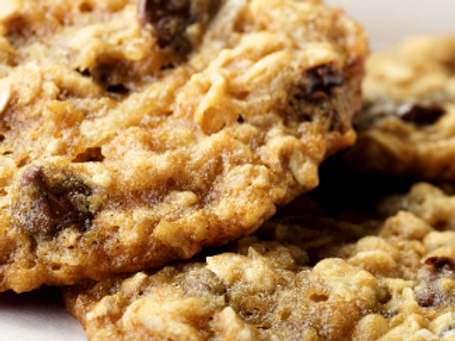Oatmeal Chocolate Chip Cookies - Becky Diffey