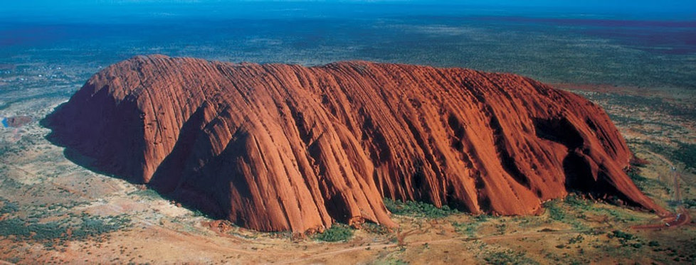 Ayers Rock in australia.jpg