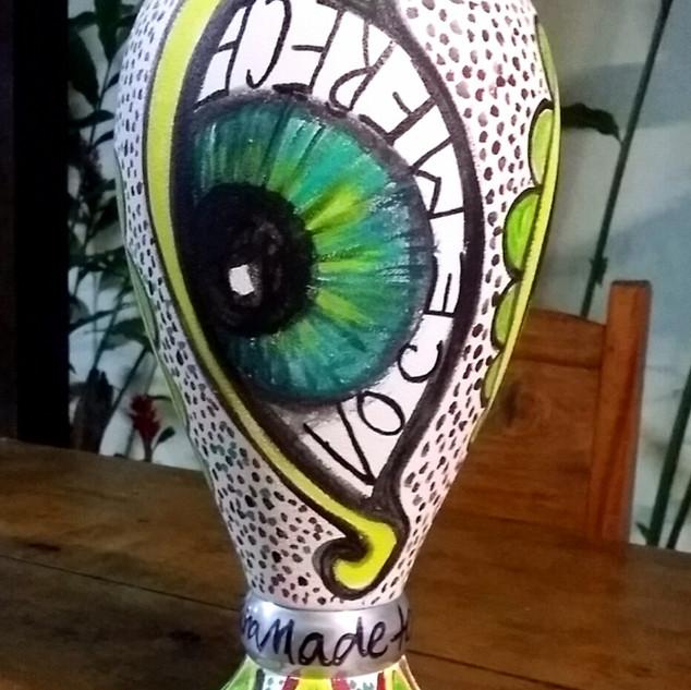 Vaso olho por Ana Mendina