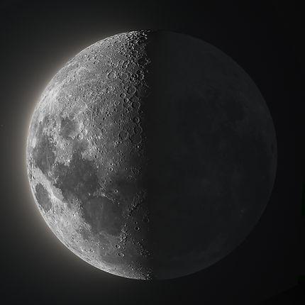 47%-Moon-Glow.jpg