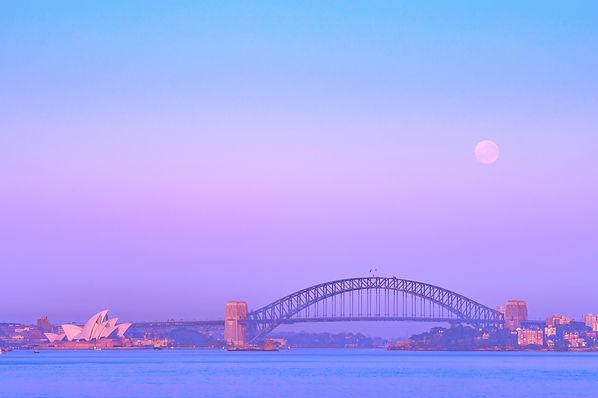 Syndey-Moonset-3x2.jpg
