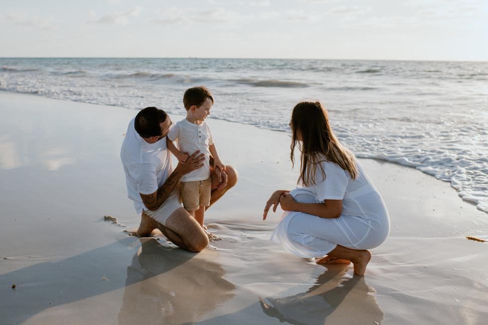 Maternity shoot Mullaloo beach
