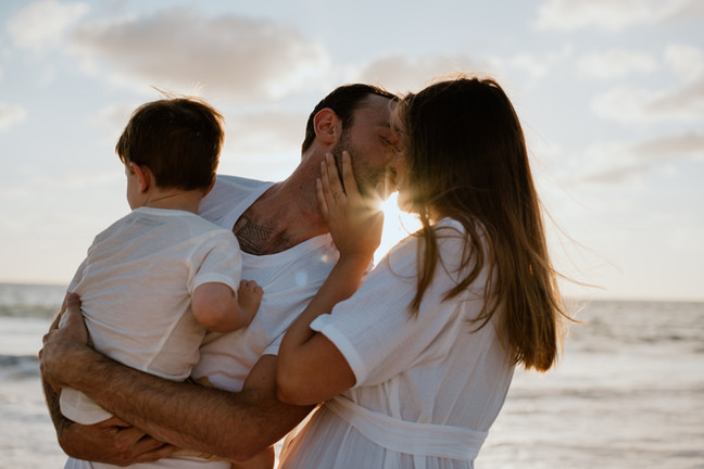 Family Maternity Photography Session at Perth beach
