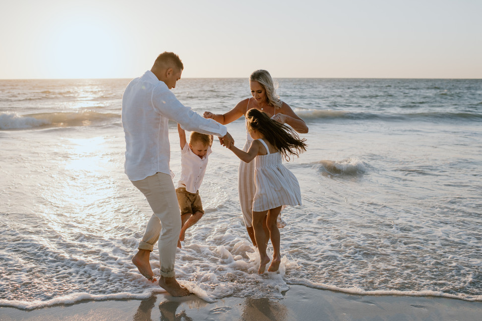 Family photographer Perth, Western Australia