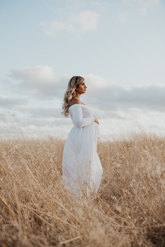 Perth Maternity Photographer Swan Valley