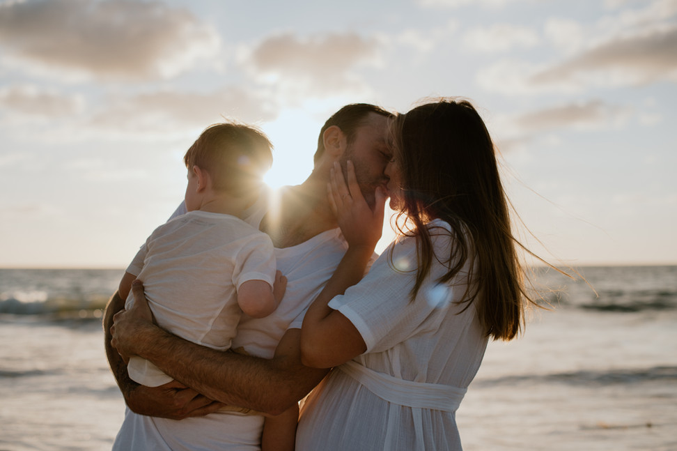 Romantic maternity photography shoot Perth beach