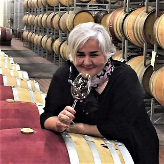 Katie Barratt - Luxury Wine Trails - experienced & charming Tour Guide - South Africa Cape Winelands