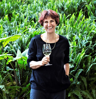 Cathy van Zyl MW & Luxury Wine Trails South African Wine tours Masterclass host