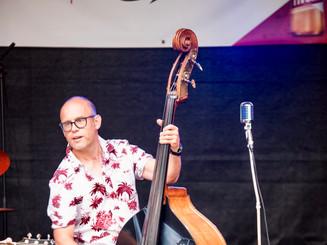 Tom (Bass / Vox.)