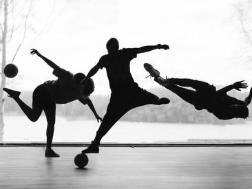 Straatvoetbal, freestyle voetbal en breaking staan centraal in docufilm: FTBLL – Can you kick it