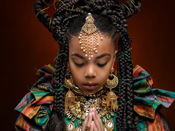 Fotoboek empowert kinderen hun huidskleur en natuurlijke haar te omarmen