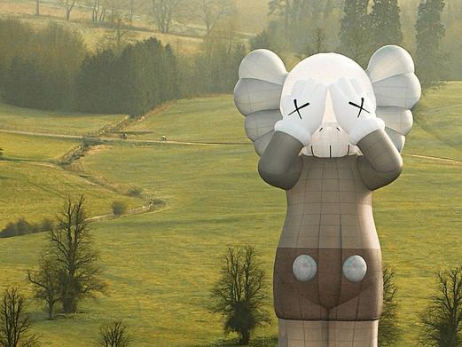'KAWS: Holiday' heteluchtballon project gaat vanavond weer de lucht in