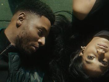 De nieuwe R&B-track 'In The Morning' van Tres Navy geeft je vlinders in je buik (video)