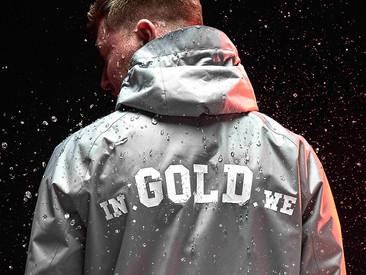 Stijlvol door de regen in deze duurzame windbreaker van In Gold We Trust