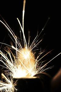 sparks-195834_1920.jpg