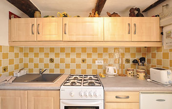 fcv345_kitchen_01.jpg