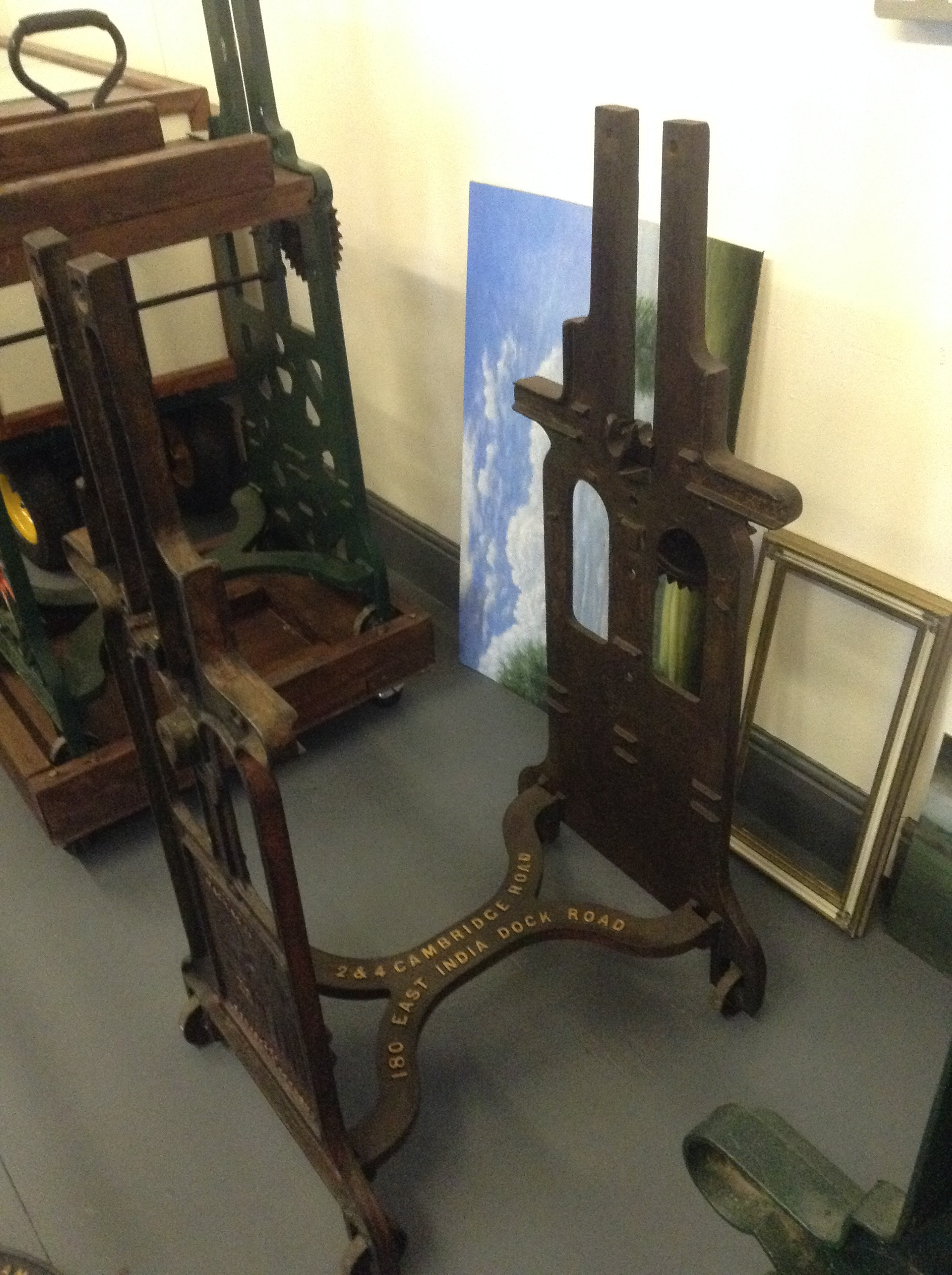 Large mangle press