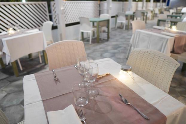La Joya restaurant_veranda