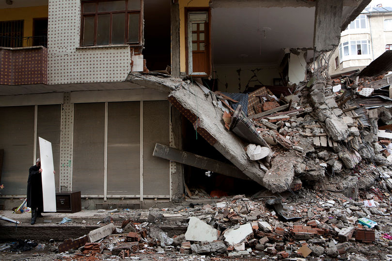 van earthquake, 2011