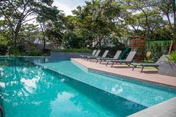 amenidades piscina santa ana village