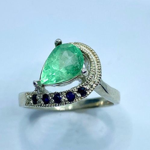 1.1ct Natural Colombian Muso Emerald 925 Silver / Gold/ Platinum engagement ring