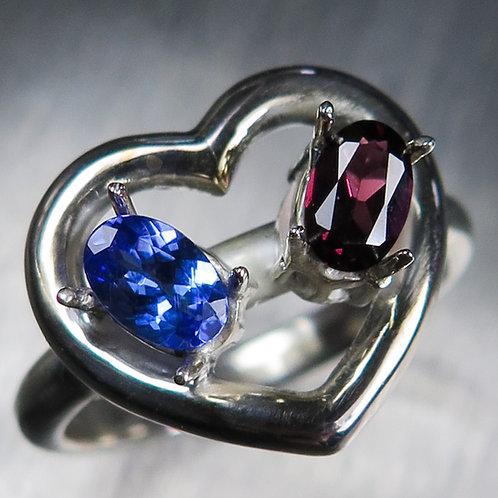 Natural Tanzanite, Garnet 925 Silver / Gold/ Platinum heart ring