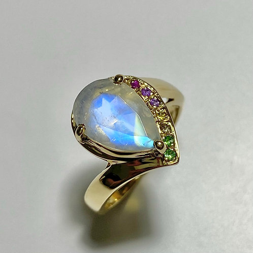 2.4cts Natural Rainbow Moonstone 925 Silver / Gold/ Platinum ring