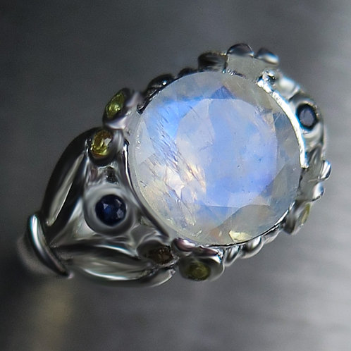 3.1ct Natural Rainbow Moonstone 925 Silver / Gold/ Platinum ring