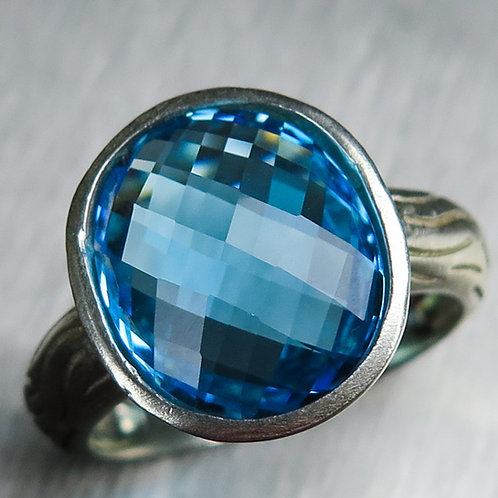 6.4cts Natural Swiss blue Topaz 925 Silver / Gold/ Platinum ring