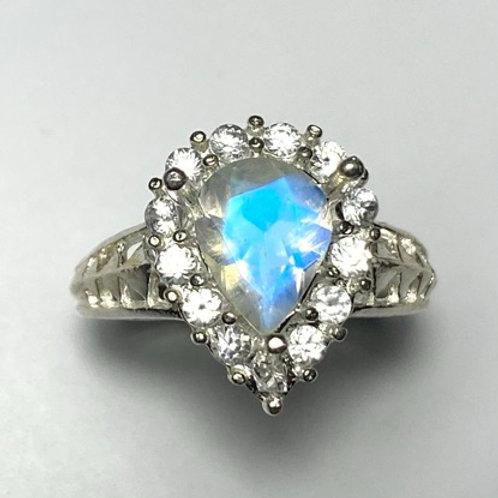 1.2cts Natural Rainbow Moonstone 925 Silver / Gold/ Platinum ring