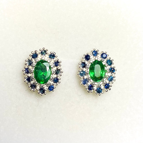 1.05ct Natural Vivid Tsavorite Garnet Silver /Gold pear stud earrings