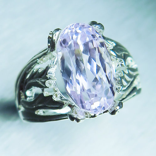 7.55cts Natural Light pink Kunzite 925 Silver / Gold/ Platinum ring