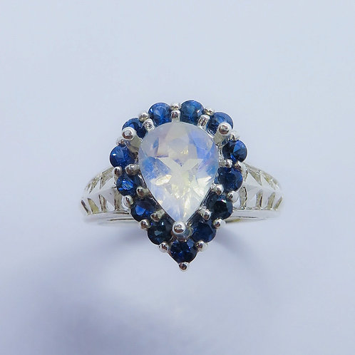 1.15ct Natural Rainbow Moonstone 925 Silver / Gold/ Platinum ring