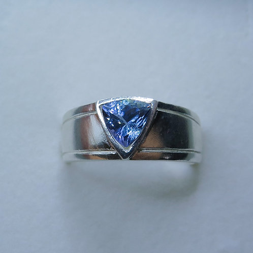 Natural Tanzanite trillion 925 Silver / Gold/ Platinum engagement unisex ring