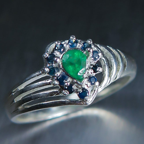 0.20cts Natural Green Colombian Emerald 925 Silver / Gold/ Platinum ring
