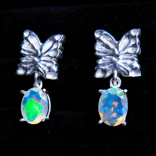1.30cts Natural WeloOpal Silver /Gold / Platinum stud butterfly earrings