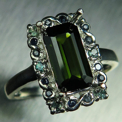 Natural dark forest green tourmaline 925 Silver / Gold/ Platinum r