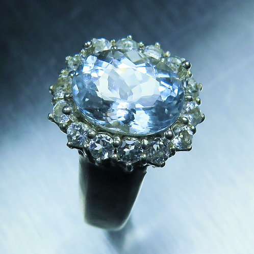 3.6cts Natural aqua blue Aquamarine Silver/ Gold /Platinum ring