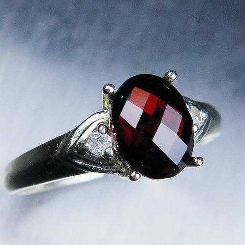 2ct Natural red Pyrope Garnet 925 Silver / Gold/ Platinum ring