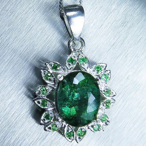 4.2ct Natural Green Tourmaline Silver / Gold / Platinum pendant on