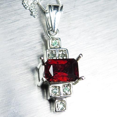 1.55ct Natural red Pyrope garnet Garnet Silver / Gold / Platinum pendant