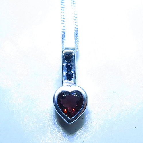 Natural red heart Pyrope garnet Garnet Silver / Gold / Platinum pendant