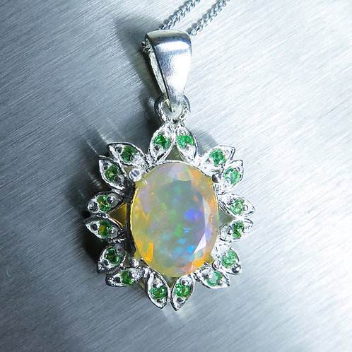 2cts Natural Welo Opal Silver / Gold / Platinum pendant on chain