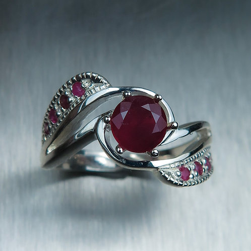 1.2cts Natural Ruby pigeon blood red Silver/ Gold / Platinum ring