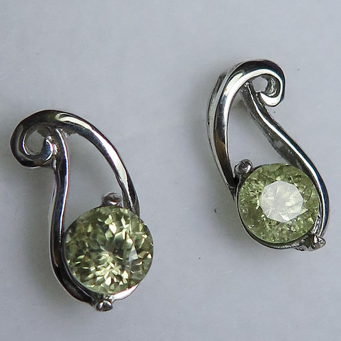 Natural Colour change Diaspore Silver /Gold / Platinum stud earrings