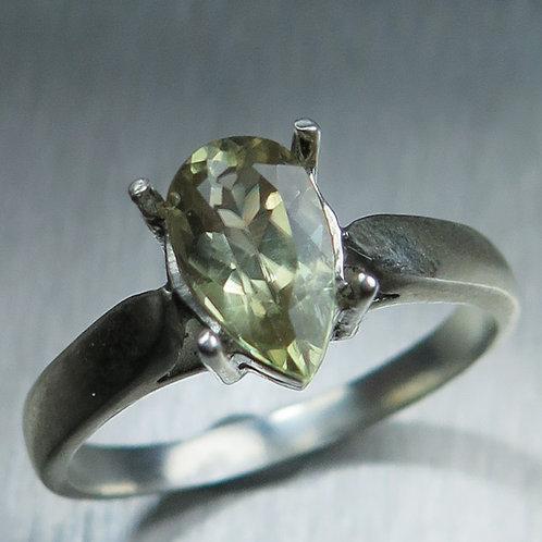 1.5ct Natural Colour Change Diaspore 925 Silver / Gold/ Platinum ring